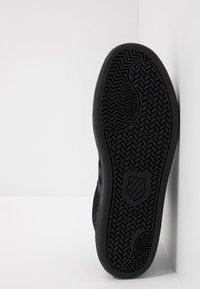 K-SWISS - COURT CHESWICK - Sneaker low - black - 4