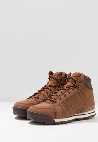 K-SWISS - NORFOLK - Sneakersy wysokie - barrel brown/chocolate - 2