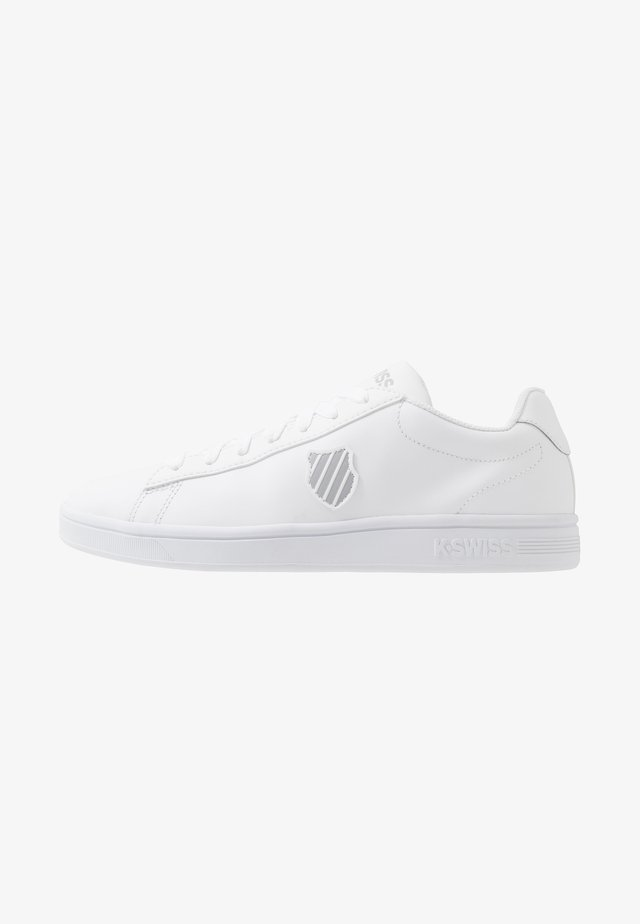 COURT SHIELD - Sneakersy niskie - white