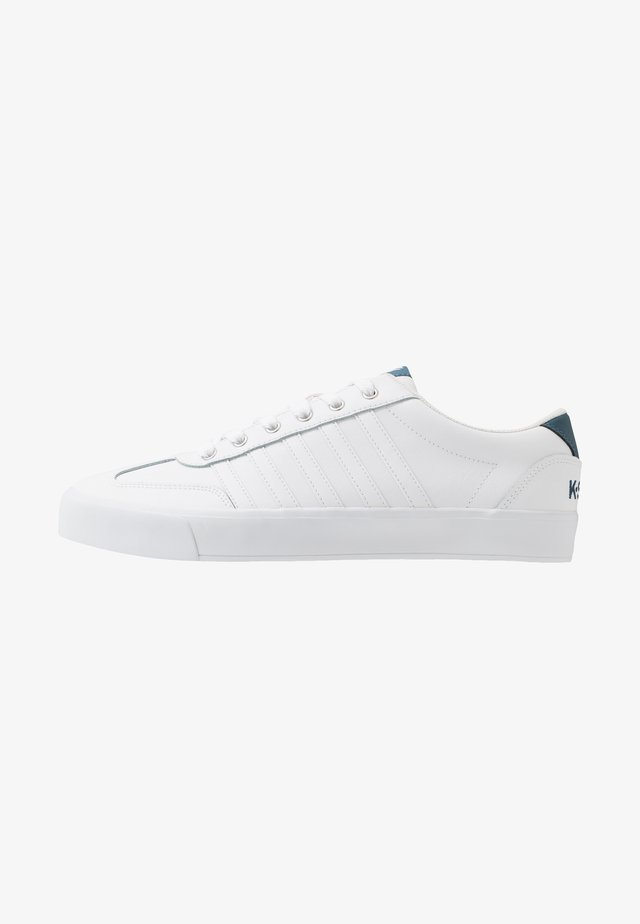 ADDISON  - Sneakers laag - white/stargazer