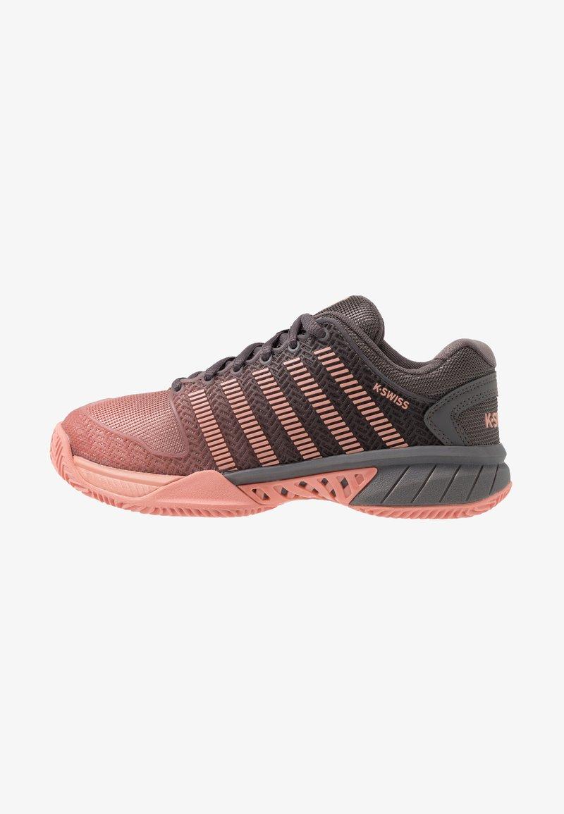K-SWISS - HYPERCOURT EXPRESS HB  - Clay court tennis shoes - plum kitten/coral almond
