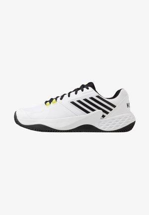 AERO COURT HB - Clay court tennissko - white/black/yellow