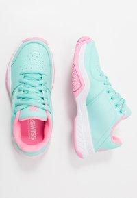 K-SWISS - COURT EXPRESS OMNI - Multicourt tennis shoes - aruba blue/soft neon pink/white - 0