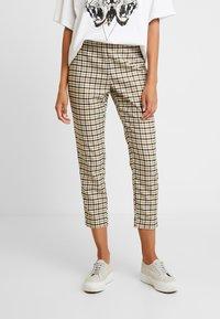 Karen by Simonsen - MASHAKB PANTS - Spodnie materiałowe - chai tea - 0