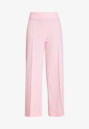 ALBAKB CROPPED PANTS - Kalhoty - primrose pink