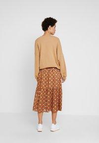 Karen by Simonsen - KATHRIN SKIRT - A-snit nederdel/ A-formede nederdele - honey ginger - 2