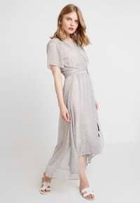 Karen by Simonsen - ITALIANA DRESS - Maxi šaty - gray blue - 0