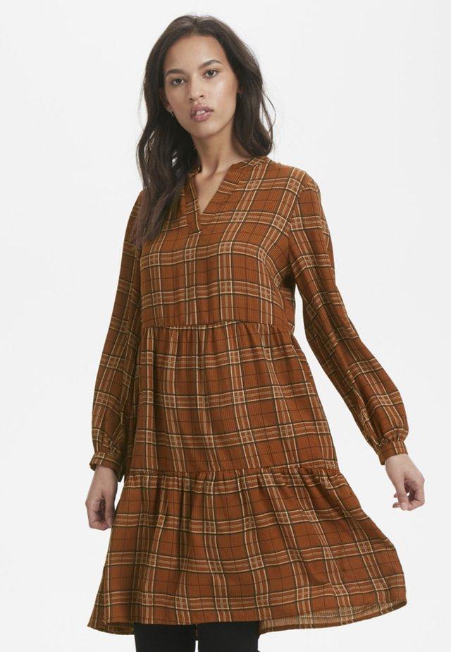 MICHIGANKB  - Shirt dress - camel