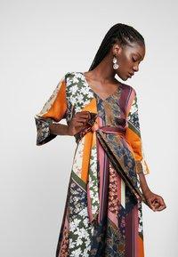 Karen by Simonsen - MOSA TIE DRESS - Day dress - desert palm - 4