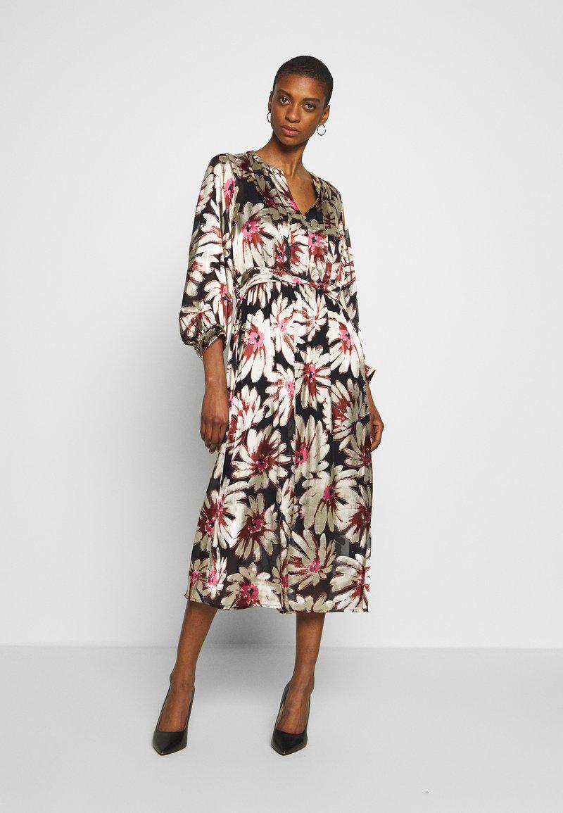 Karen by Simonsen - ALMAKB DRESS - Day dress - camellia rose
