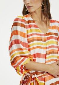 Karen by Simonsen - Day dress - Cantaloup - 4