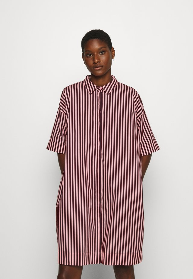 DRESS - Shirt dress - silver pink