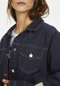Karen by Simonsen - PERSPECTIVEKB  - Kurtka jeansowa - dark denim blue - 3