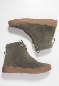 KariTraa - TAKT - Hiking shoes - twig - 1