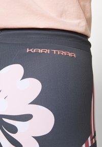 KariTraa - MIA TIGHTS - Leggings - dove - 3