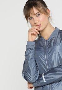 KariTraa - SIGRUN JACKET - Outdoorová bunda - jeans - 3