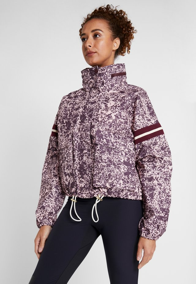 ISTAD LIGHT JACKET - Kurtka Outdoor - light pink/bordeaux