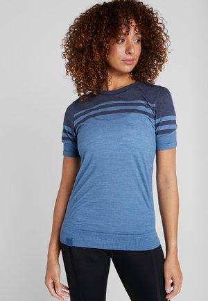 HUMLESNURR TEE - T-shirt z nadrukiem - ast