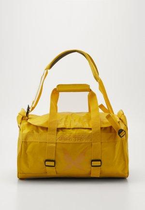 30L BAG - Sports bag - corn