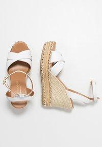 Kurt Geiger London - AMELIA - Sandály na vysokém podpatku - white - 3