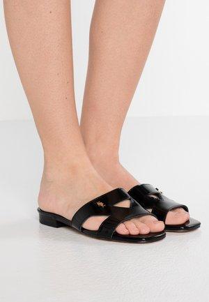 ODINA - Pantolette flach - black