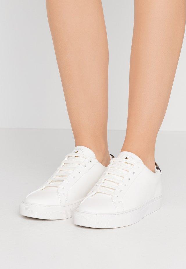 LANE - Sneakers laag - brown