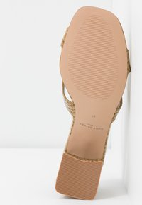 Kurt Geiger London - ODINA BLOCK - Heeled mules - camel - 6