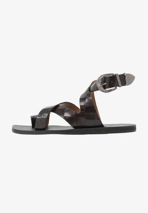 MIA - Sandály s odděleným palcem - black