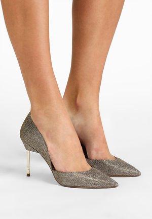 BOND  - Zapatos altos - bronze