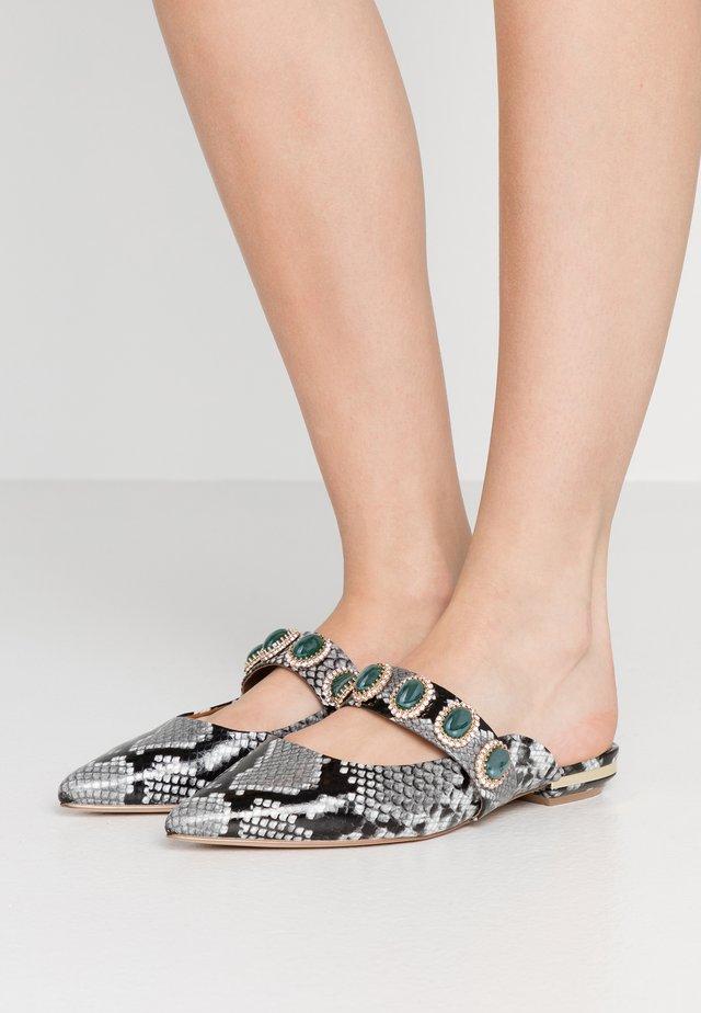 PRISCILLA - Pantofle - grey