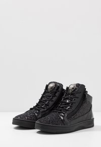 Kurt Geiger London - JACOBS - Korkeavartiset tennarit - black - 2