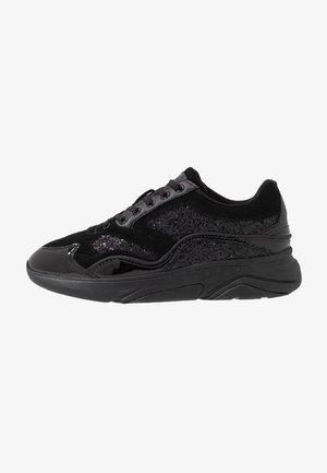 STREATHAM - Zapatillas - glitter black