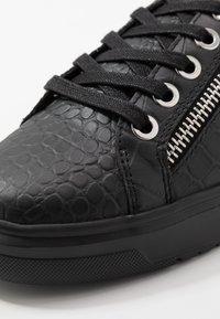 Kurt Geiger London - JACOBS - Sneakersy niskie - black - 5