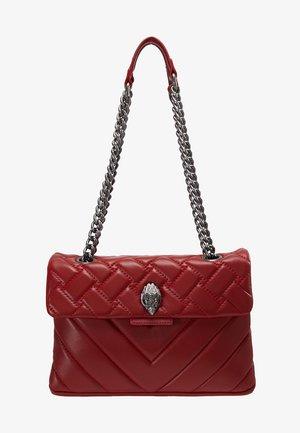 KENSINGTON BAG - Käsilaukku - red