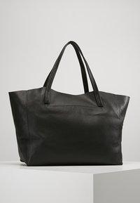 Kurt Geiger London - VIOLET HORIZONTAL TOTE - Shopping Bag - black - 2