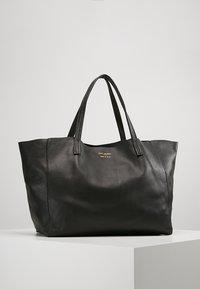 Kurt Geiger London - VIOLET HORIZONTAL TOTE - Shopping Bag - black - 0