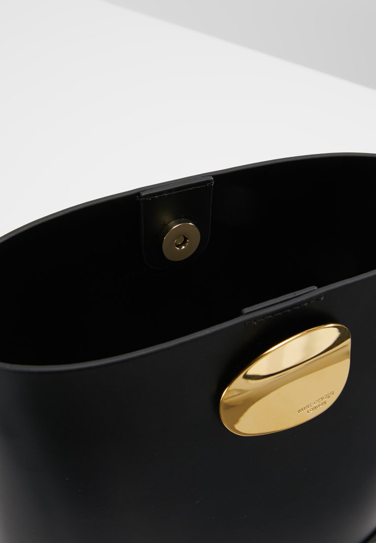 Kurt Geiger London Petal Bucket Bag - Sac Bandoulière Black