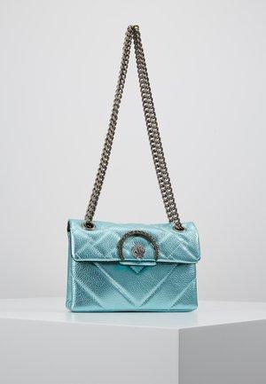EXCLUSIVE MINI KENSINGTON BAG - Skuldertasker - turquoise