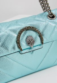 Kurt Geiger London - EXCLUSIVE MINI KENSINGTON BAG - Skuldertasker - turquoise - 6