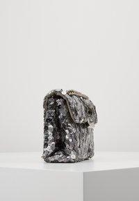Kurt Geiger London - EXCLUSIVE MINI KENS BAG - Across body bag - silver - 3