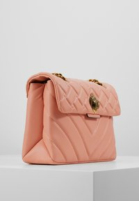 Kurt Geiger London - KENSINGTON BAG - Across body bag - salmon - 4