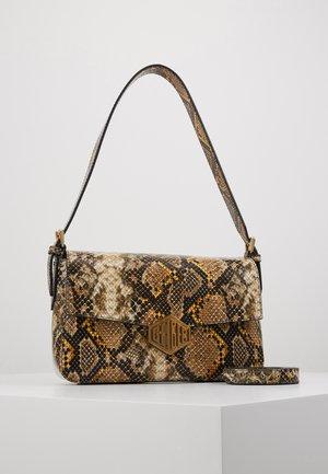BAG - Käsilaukku - mustard