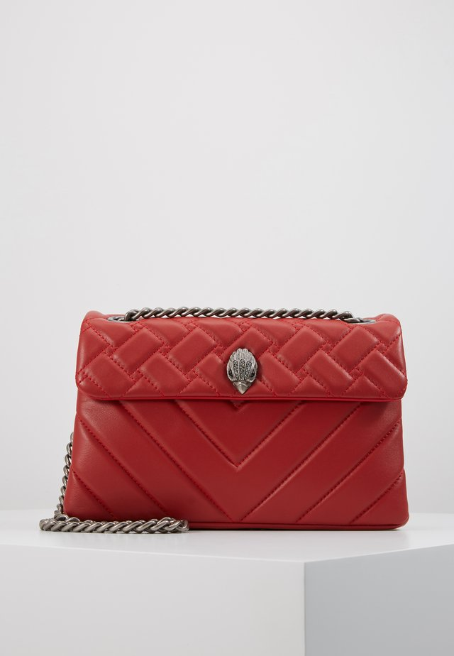 KENSINGTON BAG - Across body bag - red