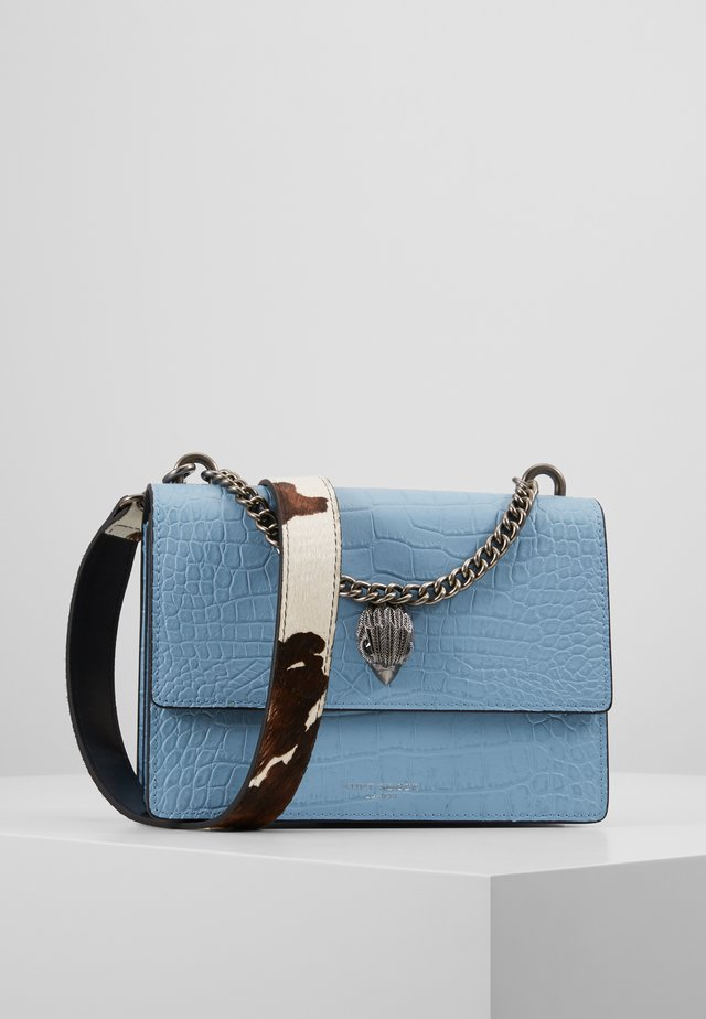 SHOREDITCH CROSS BODY - Across body bag - pale blue