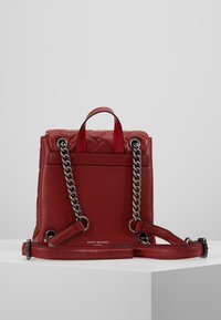 Kurt Geiger London - KENSINGTON - Reppu - red - 2