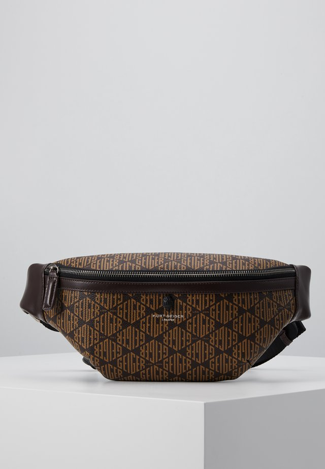 BRIXTON BELT BAG - Umhängetasche - brown