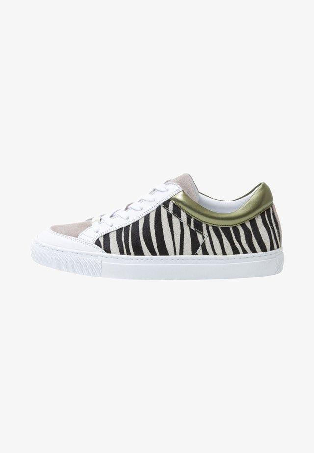 ALEX ZEBRA - Sneakers laag - olive