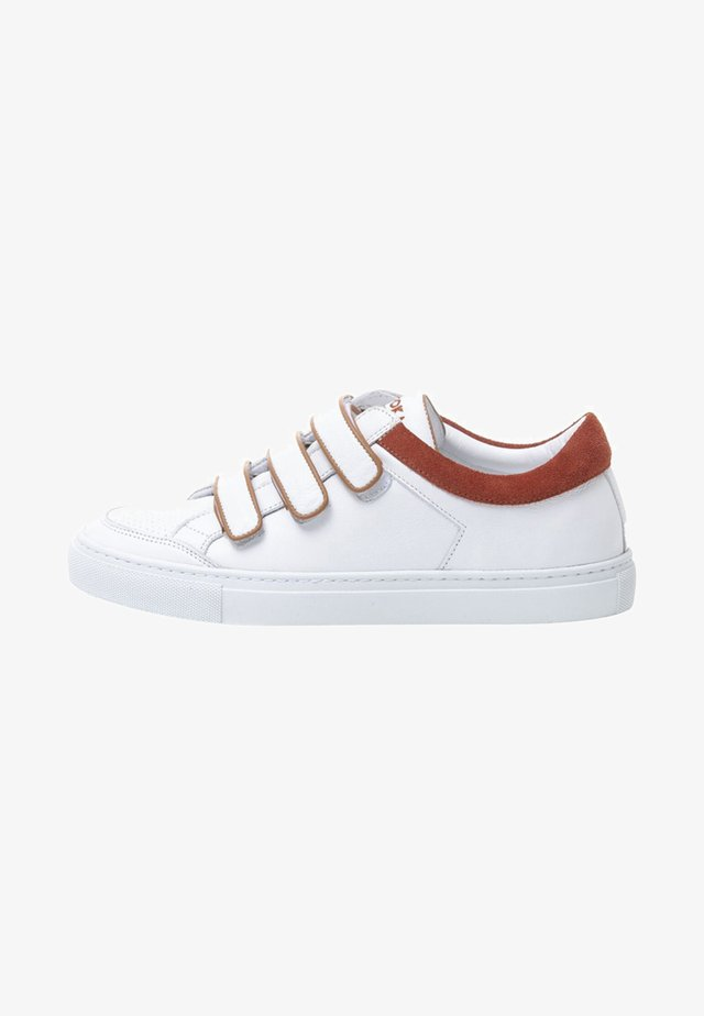BRICK - Sneakers laag - white