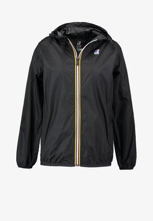 LE VRAI CLAUDETTE - Regnjakke / vandafvisende jakker - black