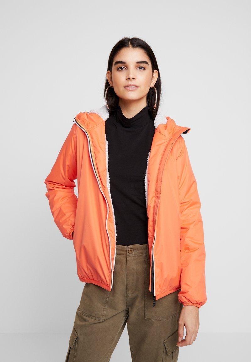 K-Way - LE VRAI CLAUDETTE ORSETTO - Outdoor jacket - orange flame